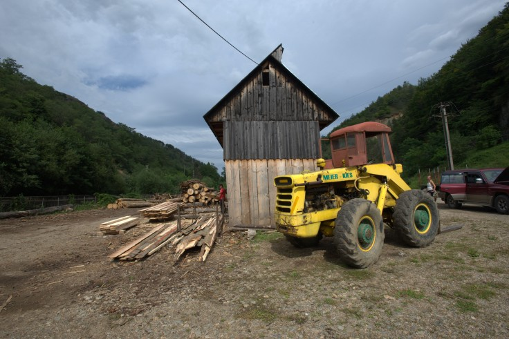 We nipped over to the timber yard for some materials
