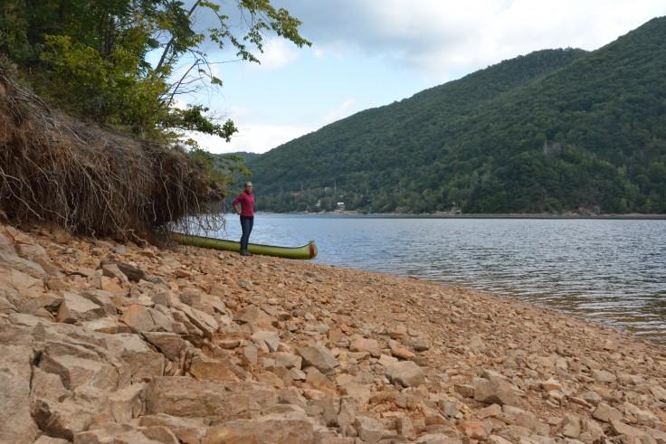 We crossed the lake to go mushroom picking